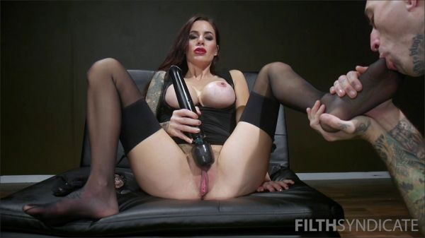 Filthsyndicate - Gia Di Marco - Filthy Pig Worships Her Feet
