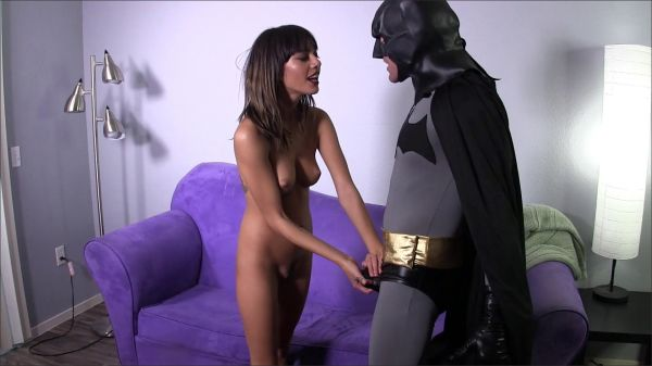 SweetFemdom - SweetFemdom - Janice Griffith VS Batman (Janice Griffith)