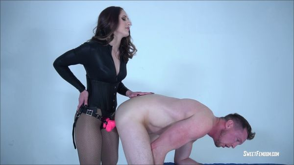 SweetFemdom - SweetFemdom - Life as a Slave for Akira Shell Part 2 STRAP ON (Akira Shell)
