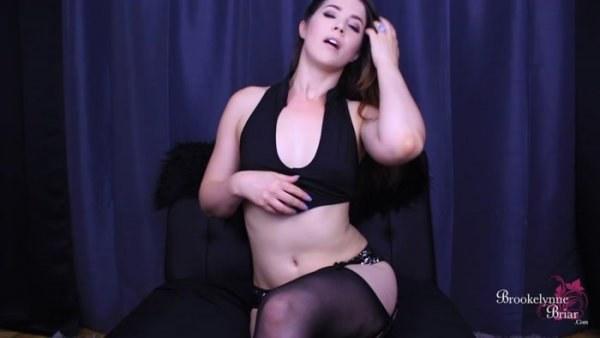 Brookelynne Briar - Sensual Cum Eating Encouragement
