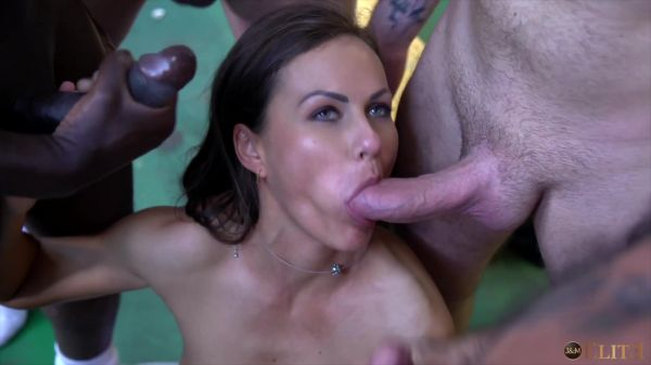 Tina Kay - A surprise guest in the locker room (FullHD/2020) by JacquieetMichelElite