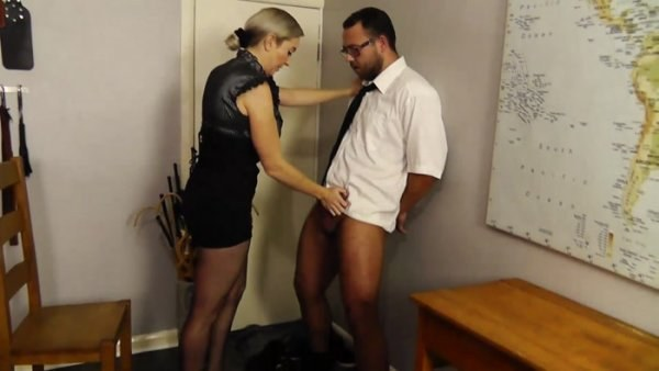 Miss Jessica's Punishments UK - Mobile porn in class