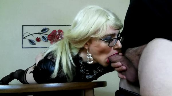 Trans - HANDS FREE CUMSHOT by Sissy Riley (03.06.2020) with Tia Tizzianni (FullHD/1080p) [2020]