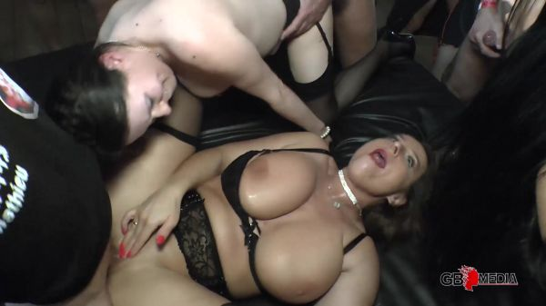 Sexy Susi, Annabelle Moore - SexySusi AnnabelleMoore SidneyDark & SubLisa - Teil 8 (11.06.2020) [FullHD 1080p] (p-p-p.tv)