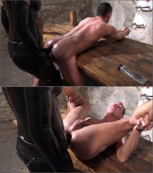 Daynia - Meinen 1. devoten User als anale Sklavensau benutzt und in den Arsch gefickt [FullHD 1080p] (MDH)