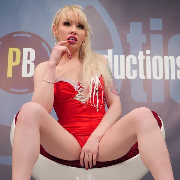 Lola Taylor #1 - Bukkake - Bukkake + Behind The Scenes (15.05.2020) (UltraHD/4K 2160p) [2020]