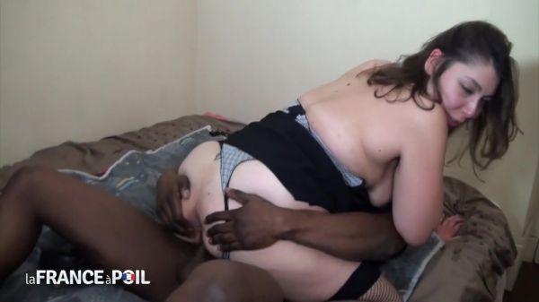 Jeune - Jeune couple libertin nous offre sa premiere sodo en video (02.07.2020) [HD 720p] (LaFranceaPoil)