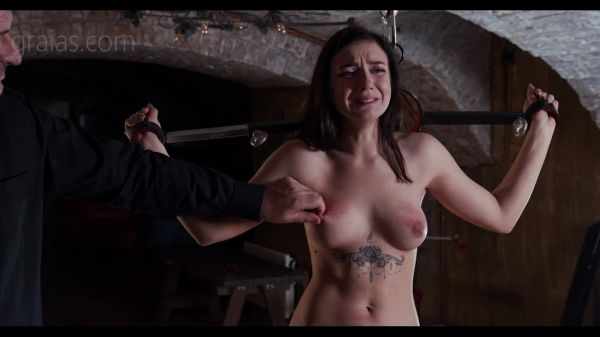 The Clamps Part 3 [Graias] Kyra (266 MB)