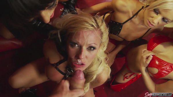 Kerry Louise, Michelle Thorne - Michelle Thorne, let me be your girls (30.06.2020) [FullHD 1080p] (Sexyukpornstars)