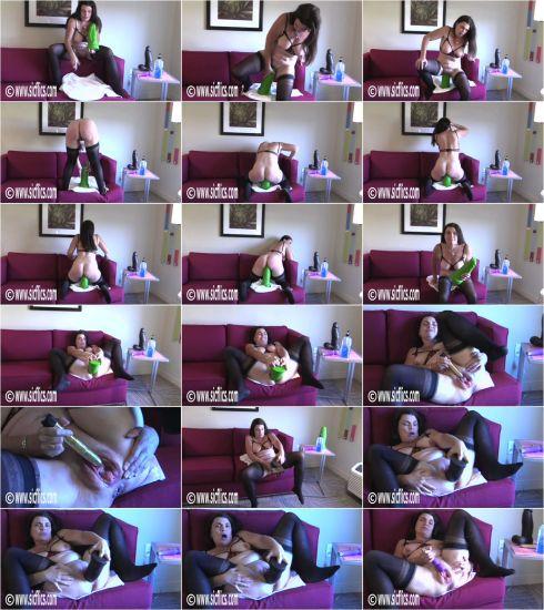 Tabby Tender - Tabby wrecks her loose cunt (01.08.2020) [HD 720p] (Sicflics)