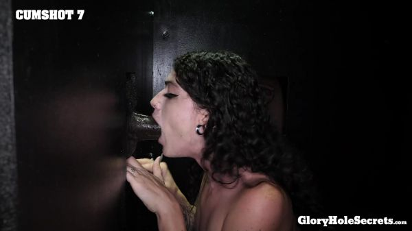 GloryHoleSecrets - Lydia's First Gloryhole Video (21.08.2020) with Lydia Black (FullHD/1080p) [2020]