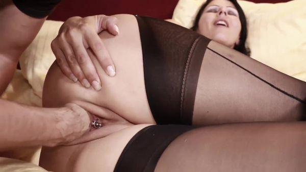 Charleen - Intense fist fucking orgasms (19.08.2020) [FullHD 1080p] (Sicflics)