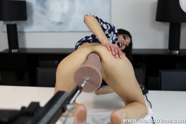 Hotkinkyjo - Hotkinkyjo destroy her anal hole with huge dildo and fuck machine (26.06.2020) (FullHD/2020) by Alex Extreme