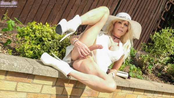 Joanna Jet - JoannaJet -  Me and You 422 - Garden Party (FullHD 1080p) [2020]