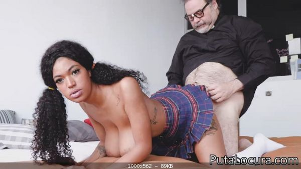 BIG BOOBS SCHOOLGIRL - COLEGIALA DE GRANDES TETAS