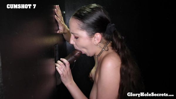 Kyra Rose - Kyra's Second Gloryhole Video (11.09.2020) [FullHD 1080p] (Gloryholesecrets)