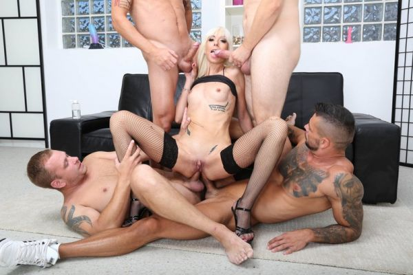 LegalP0rno: Sarah Slave - Sarah Slave 4on1 Balls Deep Anal, DAP, Gapes, Creampie and Swallow GIO1559 (HD/720p)