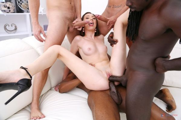 Isabella De Laa - LegalP0rno - Isabella De Laa 4on1 fuck session with 2 BBC and 2 huge white cocks SZ2504 (HD 720p) [2020]