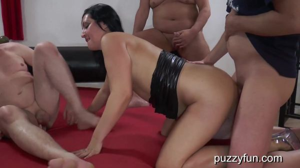 Elina Flower  - Elina must be fucked in the ass, that's what her asshole is for (08.10.2020) [FullHD 1080p] (Puzzyfun)