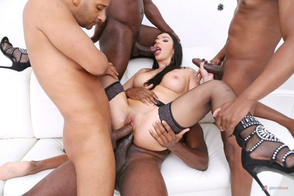 Lady Gang - Lady Gang interracial double penetration with 4 BBC SZ2497 [HD 720p] (LegalP0rno)