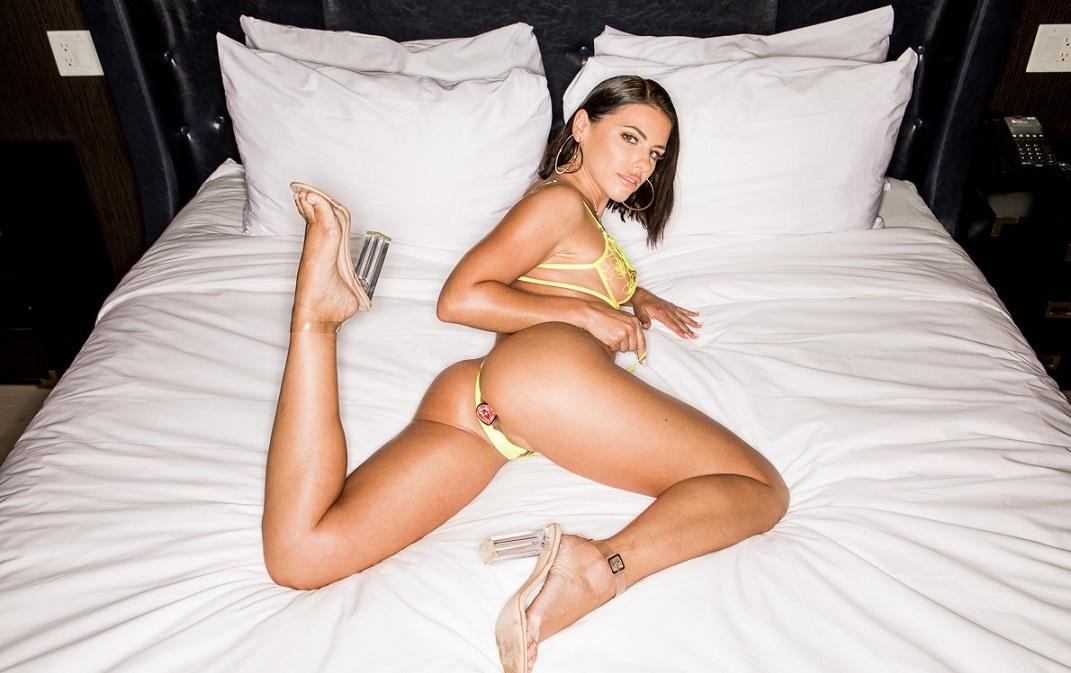 Adriana Chechik - Wide Open