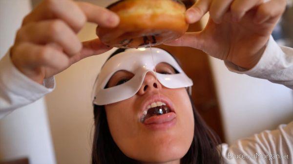 Bruce, Morgan  - Cum On Donut (29.08.2020) [FullHD 1080p] (BruceAndMorgan)