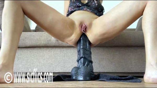 Queen Nikoletta  - Nikolettas deep ass ruination (07.11.2020) [HD 720p] (Sicflics)