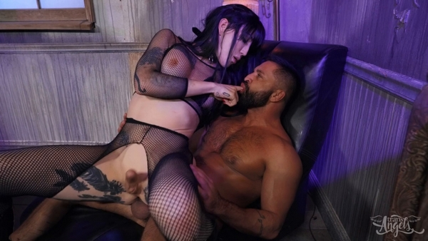 Lena Moon (Lena Kelly) and Dominic Pacifico - Shemale Bareback Fuck- Hot Goth Gone Nut (2020 / FullHD 1080p)