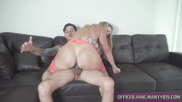 Milf - STEPSON CATCHES MOM CHEATING ON DAD with OfficerJane  (FullHD/1080p) [2020]