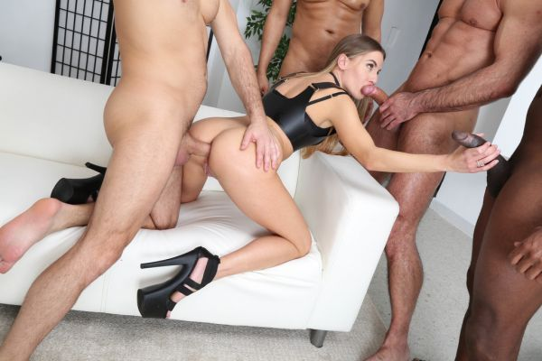 Eveline Dellai - Eveline Dellai turns wild for 4on1 DAP with Balls Deep Anal and Cum in Mouth GIO1652 [HD 720p] (LegalP0rno)