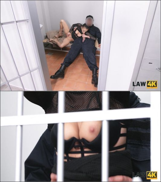 Nicole Love  - Have you ever seen how a hungry slut behaves in a cage? You need to check this out now [HD 720p] (Law)