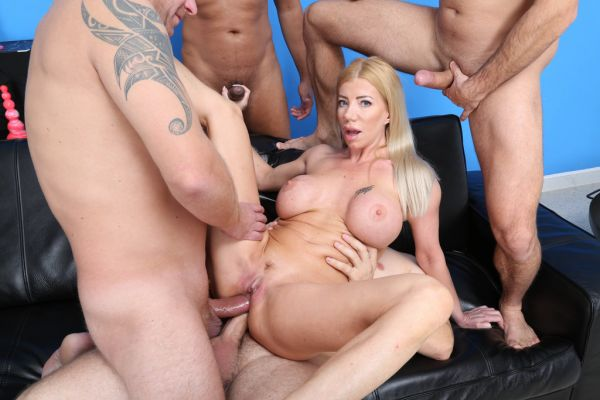 Lara De Santis - Lara De Santis turns wild for 4on1 DAP, Balls Deep Anal and Swallow GIO1622 [HD 720p] (LegalP0rno)