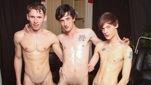 BareFuckSluts - Lewis Romeo, Oscar Roberts & Cody Reed - Three Boys In A Bareback Party