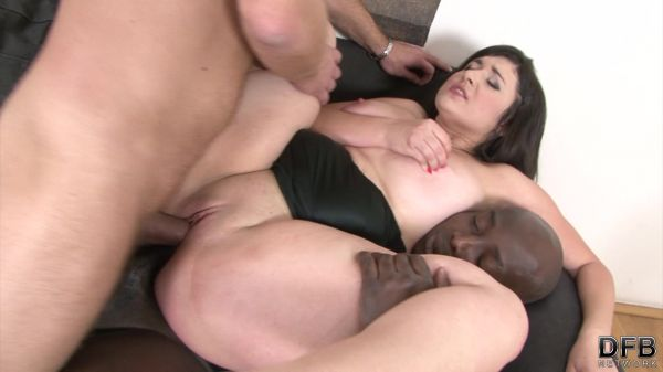 Katlin Ria - Chubby young wife in threesome fuck (FullHD/2019) by Interracial