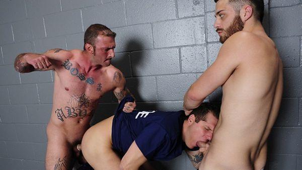 MN - Behind Bars 3 - Phenix Saint, Parker London, Ricky Sinz & Tommy Defendi