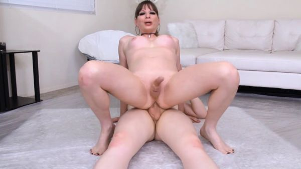 Jamie French, Roxxie Moth - Trans - In Soaked   (HD 720p) [2020]