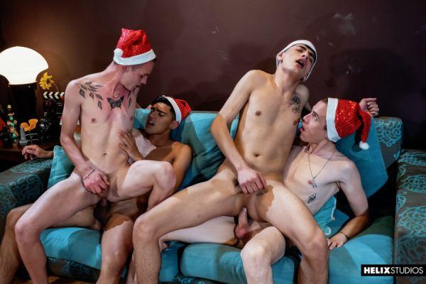 HS - Mark Wolf, Italo Van Ewen, Felix Harris & Gil Donovan - Red Hot Festivities Part 2 Xmas Foursome