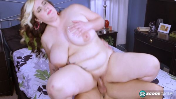 Big Belly: Marilyn White - Thirsty For Nut Juice (04.01.2021) (FullHD/1080p)