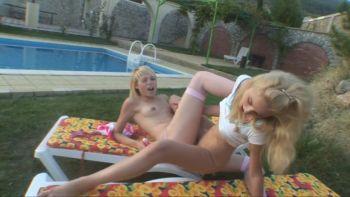 [Image: Vika_Alice_Kissing_girls_.mp4_snapshot_10.08.264.jpg]