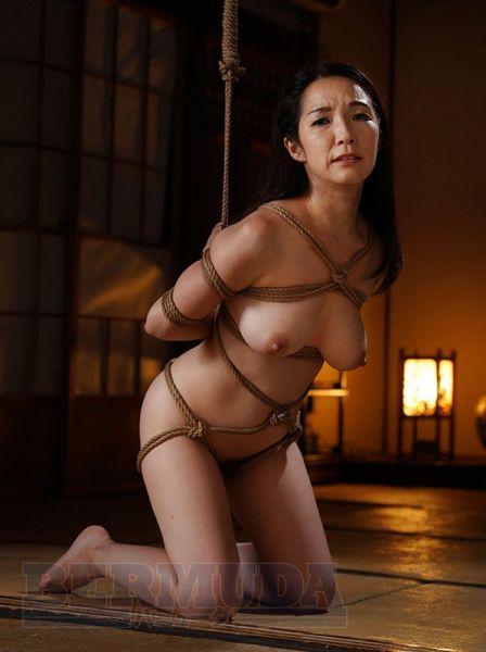 NYL-001 Mari Kuroki