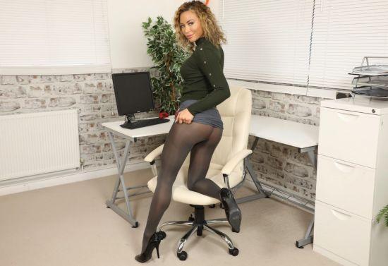 Natalia Forrest - Secretary Oculus Rift
