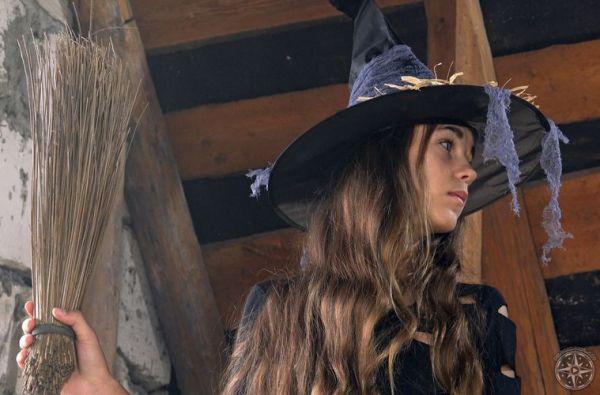 Pilgrim Girl Art My Favorite Witch Girls set