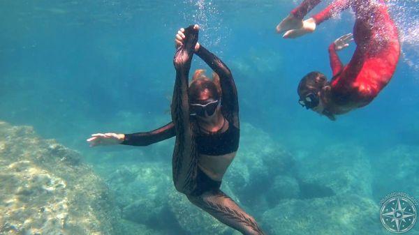 Pilgrim Girl Art Theater Under Water video