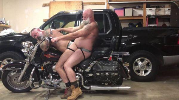 RFC - Daryl Richter & Ray Rider - Biker Bears Garage Part II