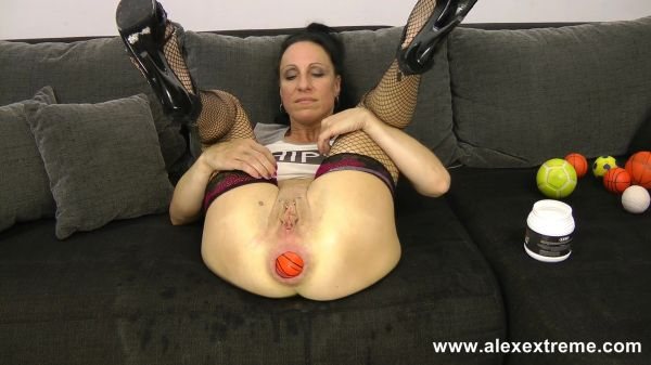 Alex Extreme - Sexy Sasha anal prolapse pussy full of balls and AlexTh0rn fist in ass with Sexy Sasha (FullHD/1080p) [2021]