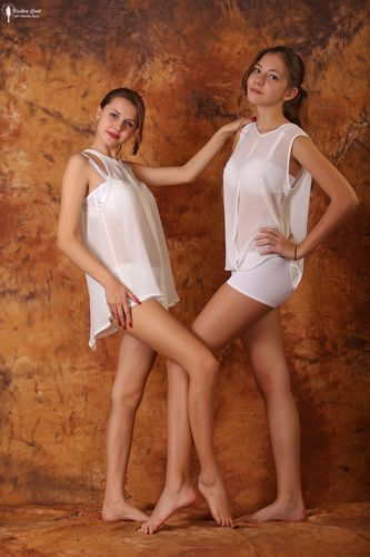 Fashion-Land Mika & Alissa 002 set