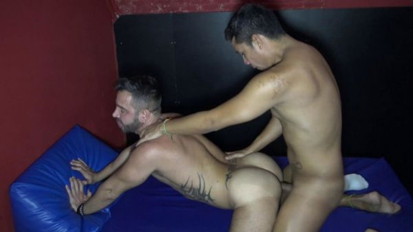RFC - Martin Mazza Fucked By Daddy Muscle Latino For Porn Casting