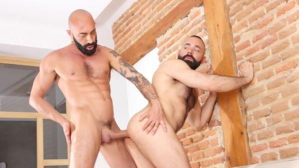 KB_-_BEARDS_-_Gianni_Maggio___Leonardo_Lucatto.jpg