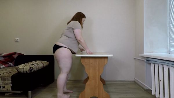 Margo – Chubby Girl Shits on the Table