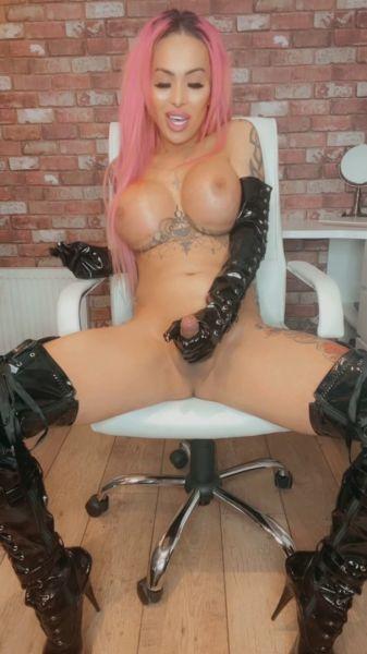 Mia Maffia - Are You Ready To Serve Mistress (MiaMaffia.xxx/FullHD/2021)